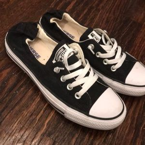 Women's size 8 black converse all star shoes